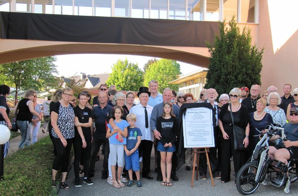 Teilnehmer der Trauer- und Abschiedsfeier zur Schließung des Krankenhauses Oberkirch 3. September 2021